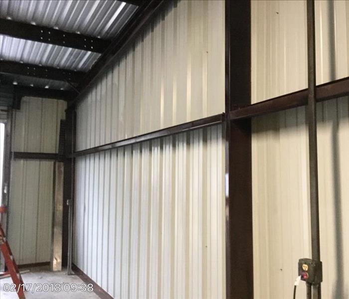 clean and bright metal walls and roof in this warehouse